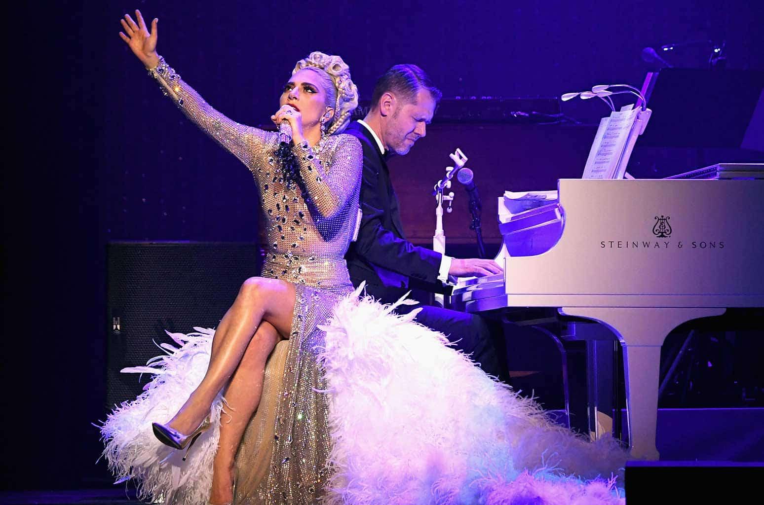 lady-gaga-jazz-and-piano-show